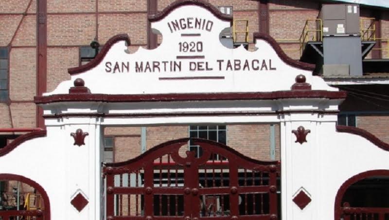 Seaboard dona alcohol desinfectante a hospitales de la región