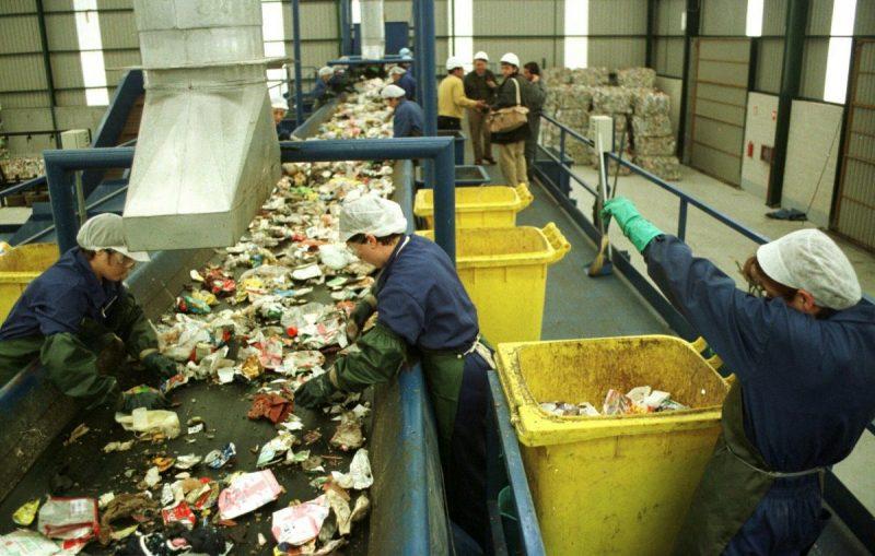 Bioplásticos reciclables si, pero no compostables