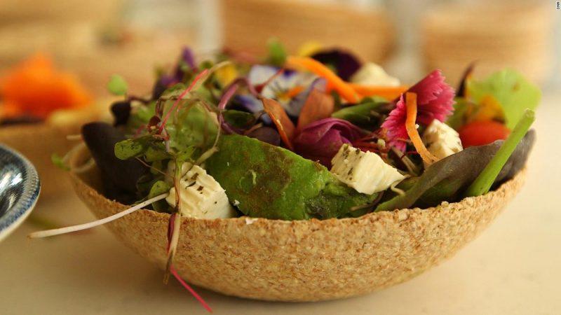 Un bowl comestible para reducir la contaminación plástica