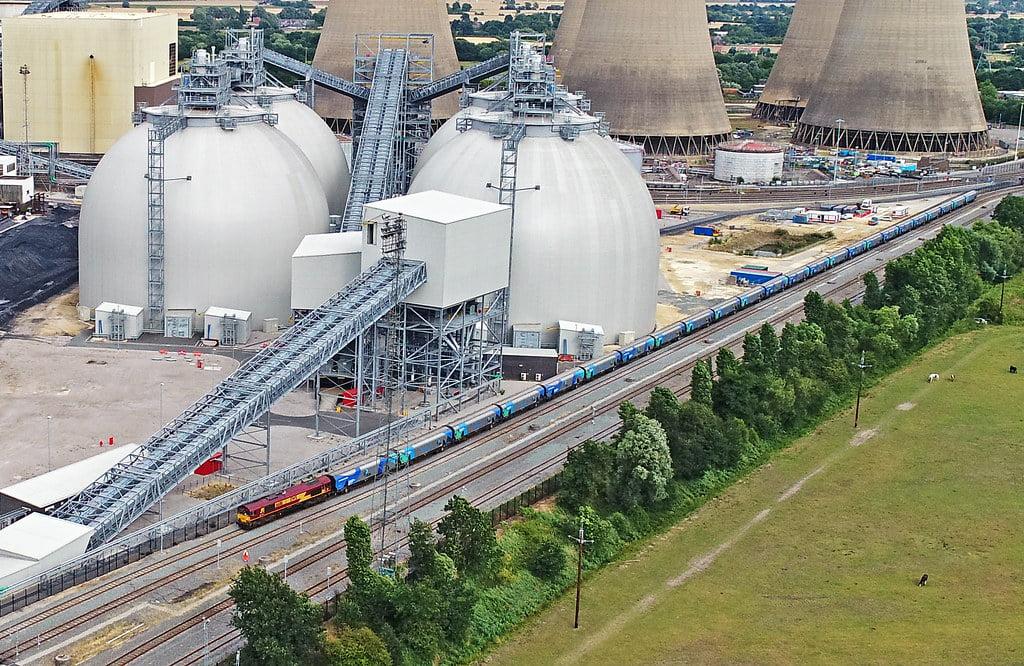 Una de las mayores centrales a biomasa busca convertir el CO2 en bioplásticos