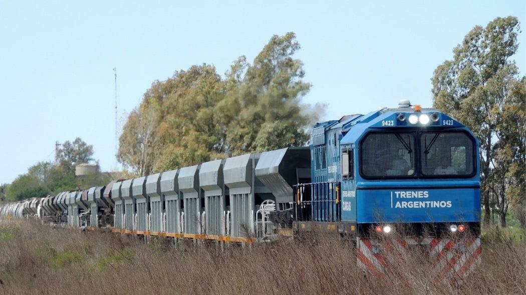 Cereales y azúcar impulsan aumento en el transporte ferroviario