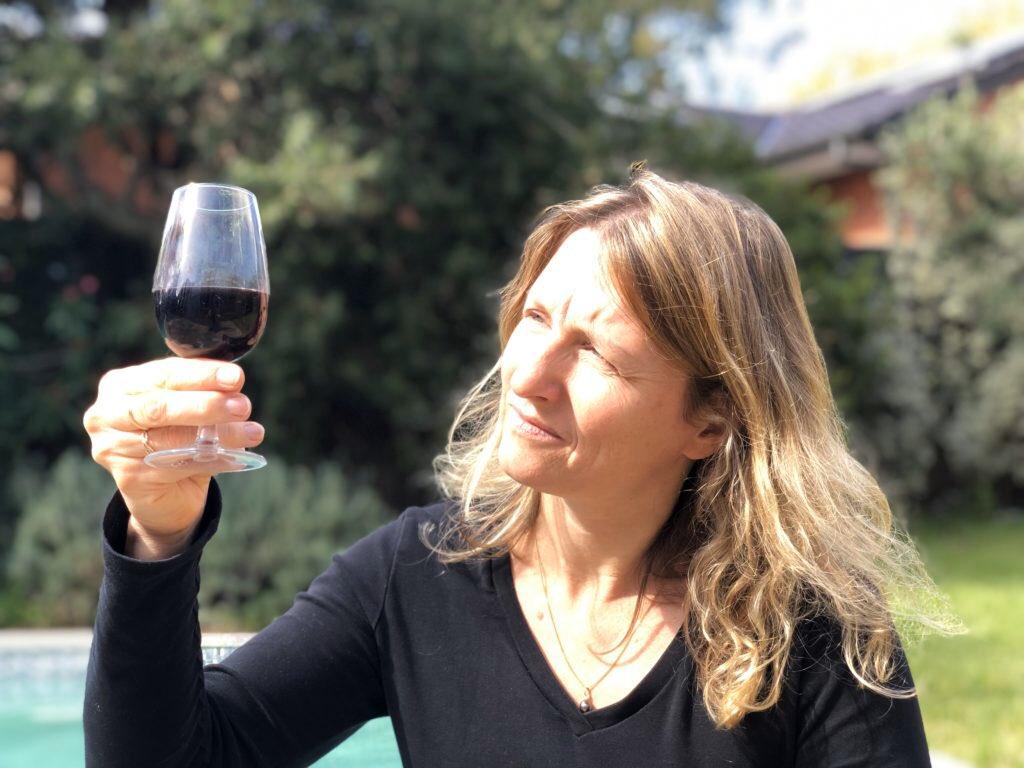 Una tecnología australiana basada en blockchain promete terminar con el negocio de la falsificación de vino