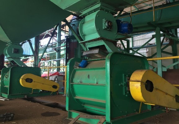 nut-cracker-machine-palm-mill