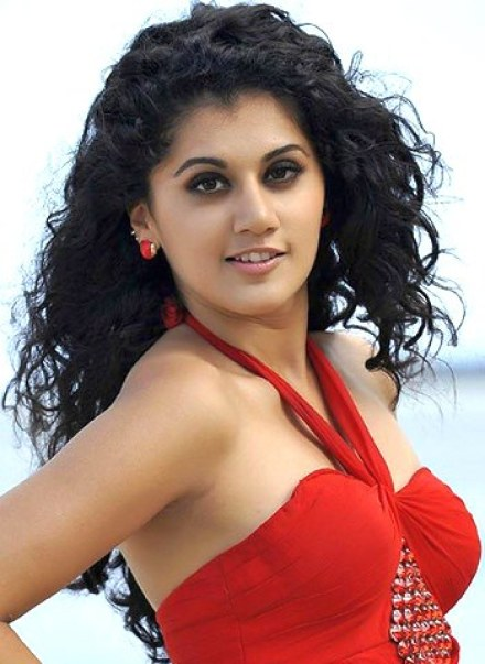 Tapsee Pannu Wiki-Biography-Age-Height-Weight - Biographia
