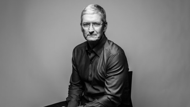 Tim Cook - Apple, Education & Career - Biography