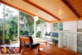 biovarnish cat kayu anti air dan tahan cuaca