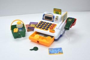 Caisse enregistreuse jouet : guide d'achat et comparatif