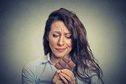Consejos para Combatir la Ansiedad por Comer y Los Antojos