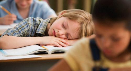 帶有「特定基因」的流感兒童 無法抗拒突發性嗜睡!