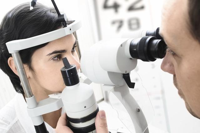 全新4.0數位定位儀 眼科獨創「i精準智能驗配術」