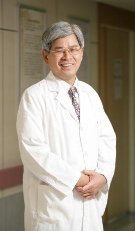 9-台中榮民總醫院醫學研究部部主任兼任泌尿外科科主任歐宴泉