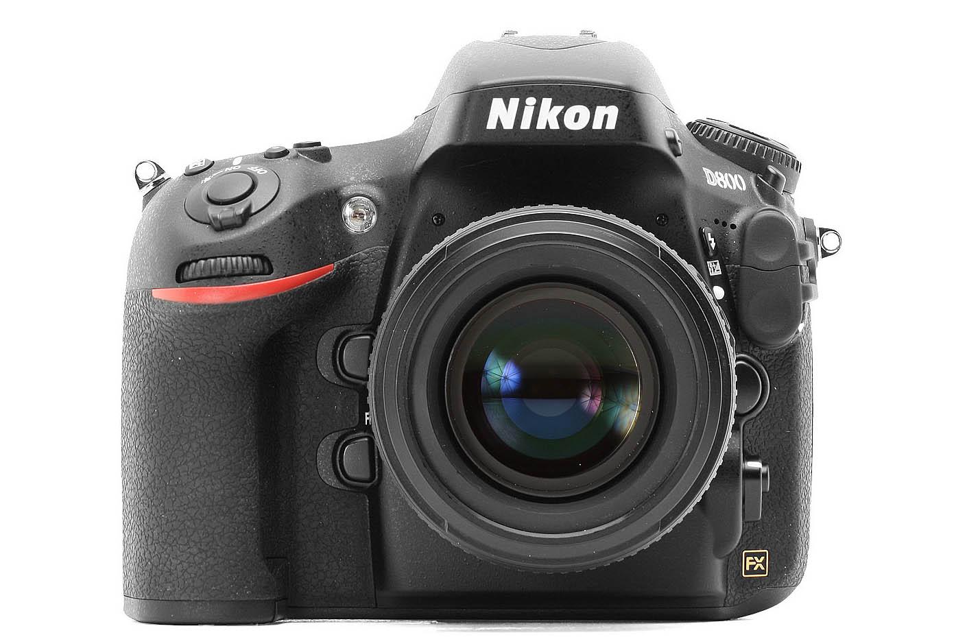 Novità varie: Nikon D800, nuovi obiettivi Canon e Tamron