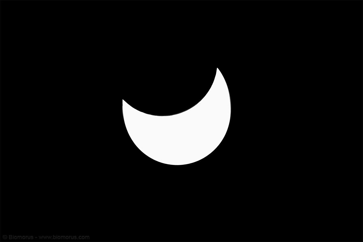 Nascondersi, ovvero eclissi…