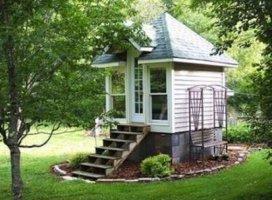 petite tiny-house