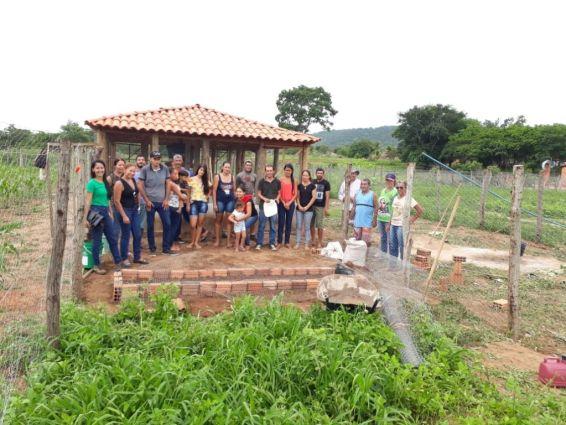 Capacitação - produção de galinha caipira