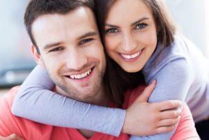 jeune couple en biovilla