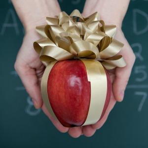 10 Ways to Show Teacher Appreciation