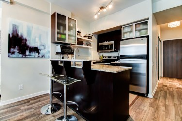 103TheQueensway#812_012