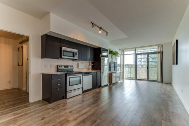 105TheQueensway#316_001