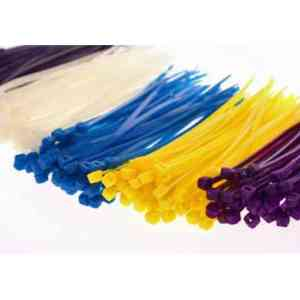 Cheap Bird Toy – Cable Ties