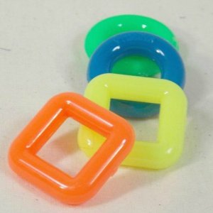 Marbella Rings and Squares for Bird Toys 1 Inch 4 pc