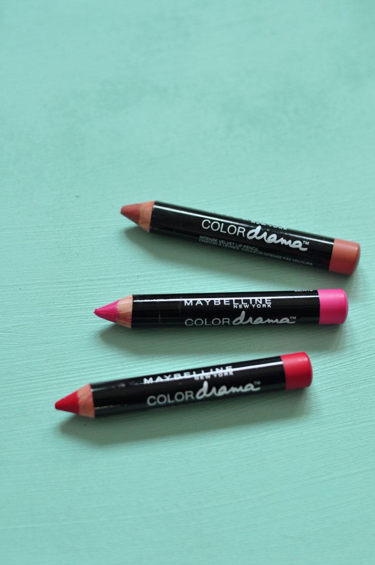 Swatch et favoris sur le blog ! Maybelline Color Drama crayons