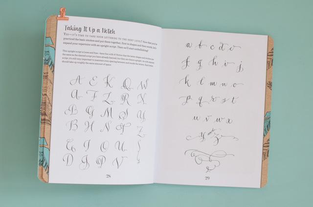 Apprendre le lettering et s'entraîner grâce à ces super livres de calligraphie moderne