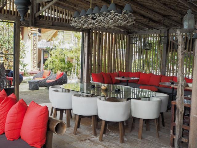 L'intérieur du bar-restaurant Sunset by Angelina