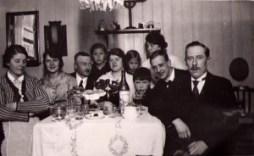 Släktkalas hos familjen Claesson julen 1924