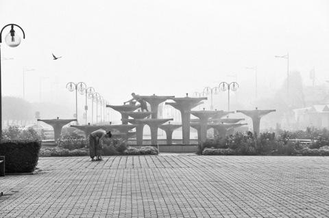 Bild: Springbrunnen am Hafen von Gdynia.