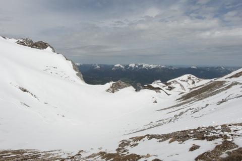 Bild: Die Bergstation der Seilbahn auf der Westlichen Karwendelspitze. NIKON D700 mit CARL ZEISS Distagon T* 3,5/18 ZF.2 ¦¦ ISO200 ¦ f/11 ¦ 1/640 s ¦ FX 18 mm.