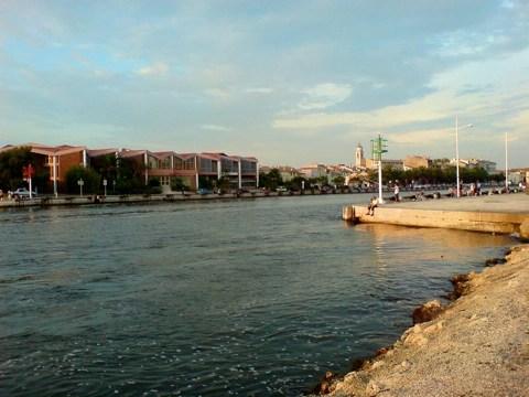 Bild: Am Canal de Caronte in Martiques - Bouches-du-Rhône - Südfrankreich.