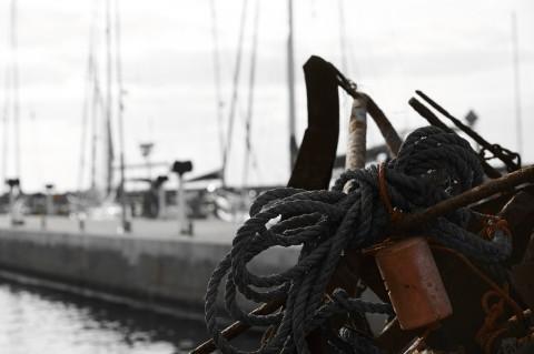 Bild: Nachmittags im Hafen von Byxelkrog auf der Insel Öland. NIKON D700 und AF-S NIKKOR 24-120 mm 1:4G ED VR.