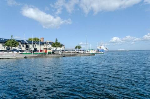 Bild: Unterwegs im Hafen von Kalmar in der historischen Provinz Småland. NIKON D700 und AF-S NIKKOR 24-120 mm 1:4G ED VR.