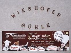 Bild: An der Wieshofer Mühle von St. Johann in Tirol. OLYMPUS OM-D E-M5 mit M.Zuiko Digital 12-50 mm 1:3.5-6.3 EZ. ISO 200 ¦ f/7,1 ¦ 50 mm ¦ 1/200 s ¦ kein Blitz. Klicken Sie auf das Bild um es zu vergrößern.