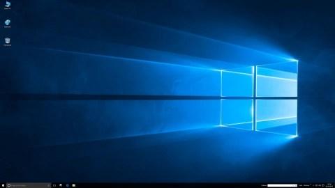 Bild: Der Desktop von Windows 10 nach dem Start.