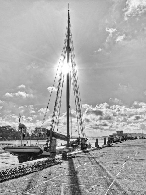 Bild: Segelschiff im Hafen von Lauterbach bei Putbus auf der Insel Rügen. Klicken Sie auf das Bild um es zu vergrößern.