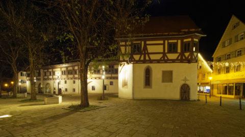 Bild: Blaubeuren Altstadt. Das ehemalige Spital zum Heiligen Geist in der Karlstraße. Klicken Sie auf das Bild um es zu vergrößern.