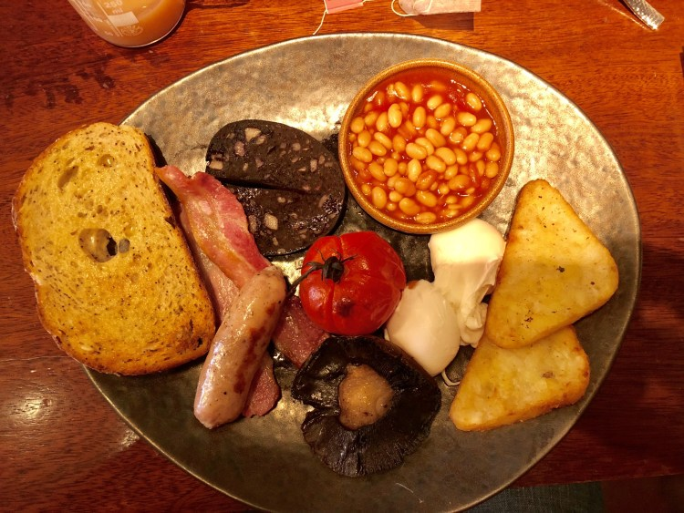 Alchemist Full English Breakfast