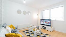 Brand New Apartment - Broad Street & Brindley Place - Nearby Bullring, O2 Arena, New Street Station & Grand Central Birmingam