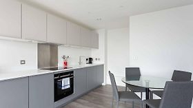Modern And Stylist 1Bed Flat In New Building Birmingam
