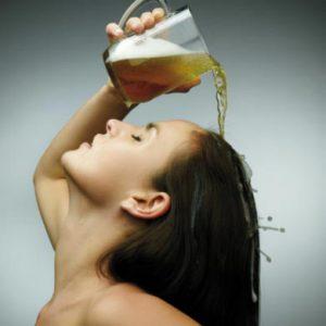 Risultati immagini per risciacquo dei capelli con la birra