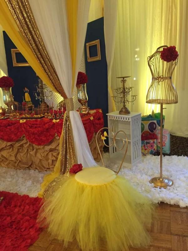 Snow White Theme Party Table