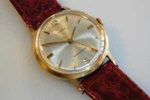 1970 Timex men's mechanical watch