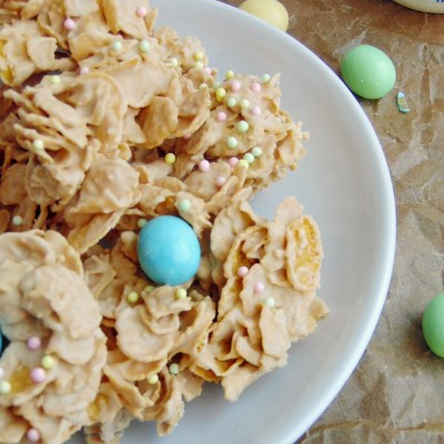 White Chocolate Easter Egg Crunch Clusters (No Bake!)