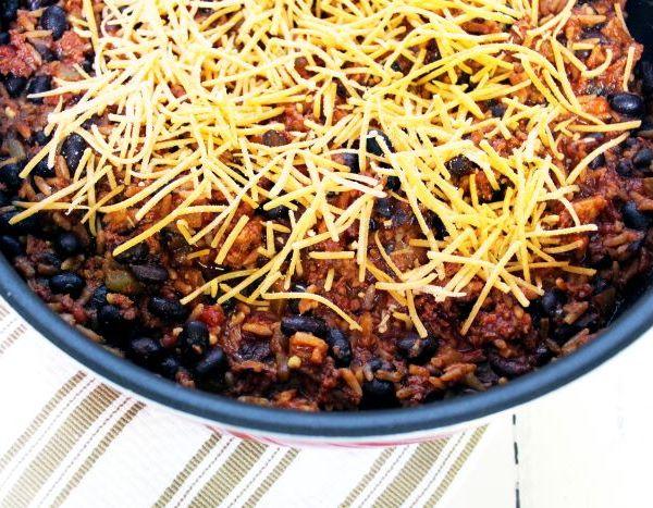10 Minute Spanish Rice and Chorizo Skillet
