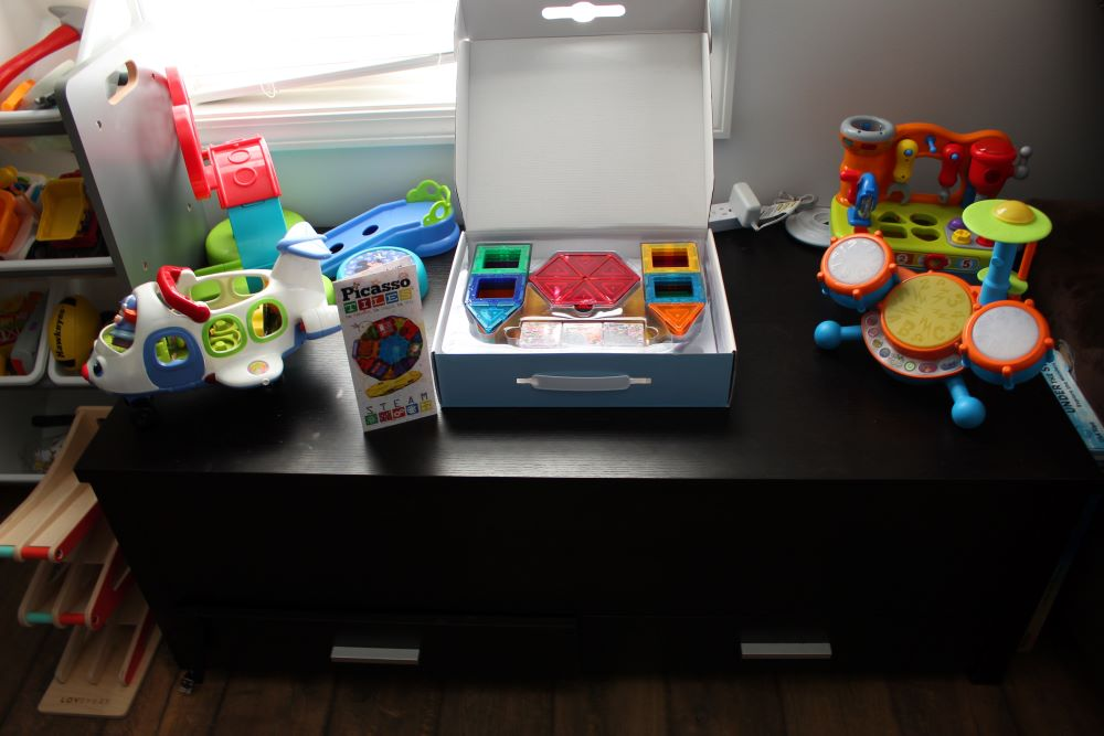 toy rotation ideas to entertain toddlers at home