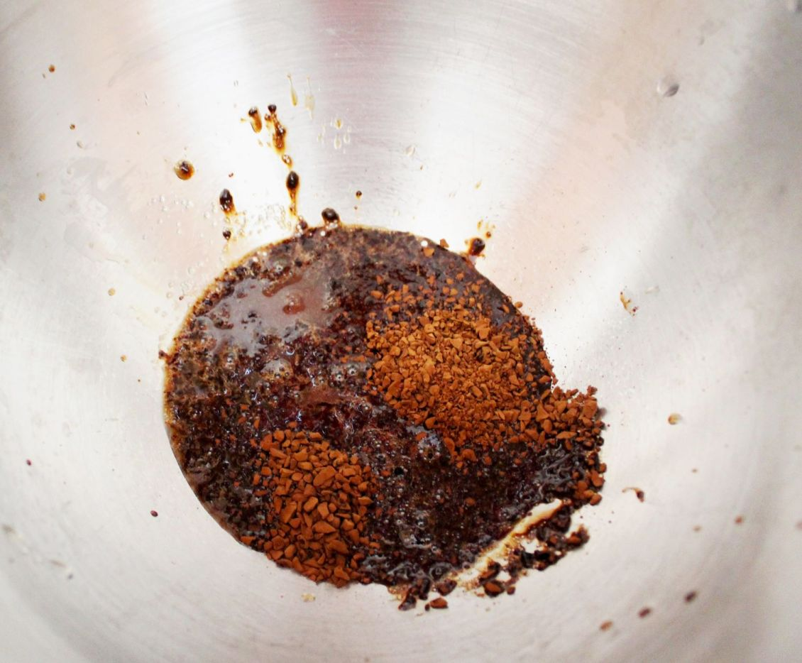 instant coffee and chai concentrate in mixing bowl 1