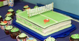 ping pong cake & cupcakes