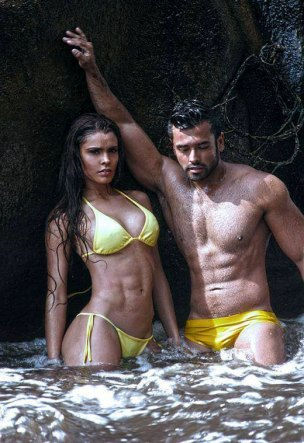 yellowswimsuitcouple